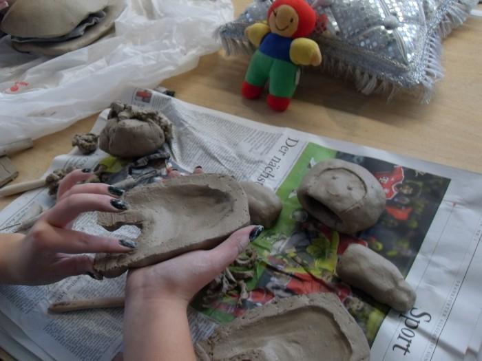 Von der Stoffpuppe zur Keramik